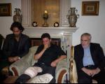 فرهاد مجیدی برای گفتن تسلیت به خانه امیر قلعه نویی رفت