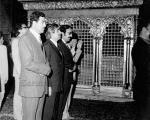 عکس روز: صدام در حرم امام رضا؟!