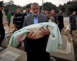 اسماعیل هنیه نوه اش را با دست خود دفن کرد(+عکس)
