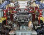 دولتی ها نگران از دست رفتن موقعیت خود در خودروسازی ها هستند