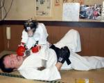 میمون کاراته باز! +عکس