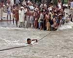 سیل پاكستان ۲۰ میلیون را بی خانمان كرد