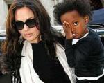 آنجلینا جولی فرزندانش را به یک مدرسه بریتانیایی می فرستد