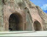 قلعه هزار درب آثار باستانی استان ایلام