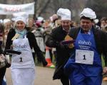 مسابقه پن کیک بازی بین نمایندگان مجلس انگلیس و روزنامه نگاران