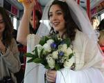 اقدام عجیب یک عروس خانم! +عکس
