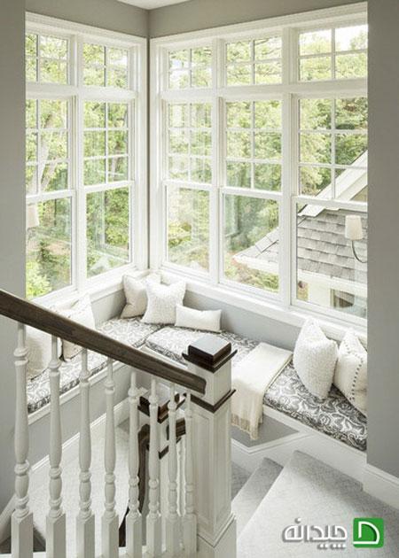 لذت زندگی در نشیمن های دنج پشت پنجره