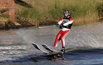 اسکی روی آب,تاریخچه اسکی روی آب,مسابقات اسکی روی آب