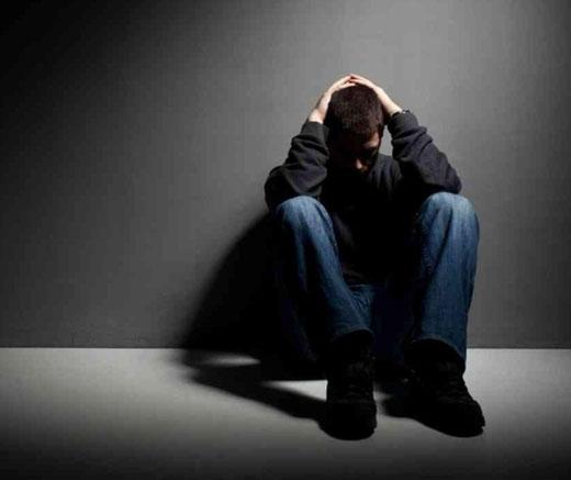 جواب هایتان به این تست می گوید که افسرده اید یا نه!