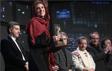 گفتگو با «ویشگا آسایش» برنده سیمرغ بازیگری