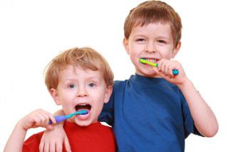 آنچه باید درباره مراقبت از دندان کودکان بدانید