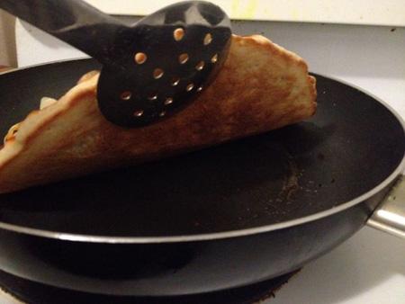 پیتزای خانگی بدون فر,طرز تهیه پیتزا بدون فر