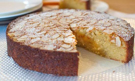 کیک بادام