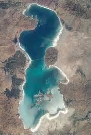 در حاشیه حوادث اخیر ارومیه ؛  دریاچه  را سیاسی نکنیم