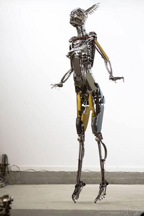 مجسمه هایی شگفت انگیز با ماشین تحریر!