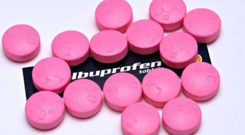 چرا نباید مثل نقل و نبات ایبوپروفن مصرف کنید؟