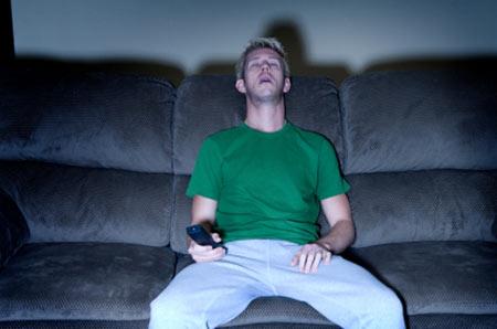 خواب, درمان بی خوابی, خواب راحت با تماشای تلویزیون