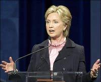 هیلاری کلینتون: آماده برقراری رابطه با ایران هستیم؛ گذشته ها را فراموش کنیم