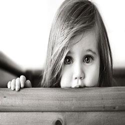 چطور با کودک خجالتی برخورد کنیم