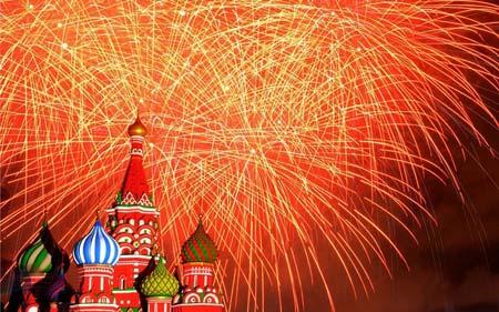 نورافشانی میدان سرخ مسکو