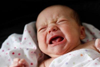 سینههای بزرگ نوزاد,صداهای عجیب نوزاد