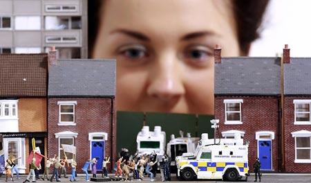 درگیری های ایرلند شمالی به صورت نمادین در یک فروشگاه