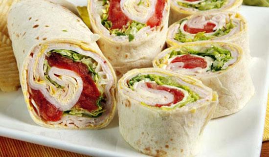 10 ماده غذایی تابستانی خوشمزه برای کودک