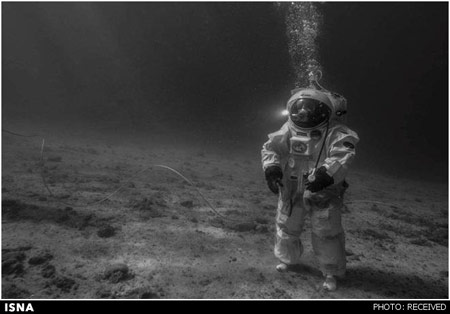 تمرین ماهنوردی فضانوردان در آب