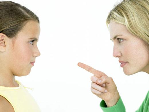 10 جملهای که نباید به کودکتان بگویید