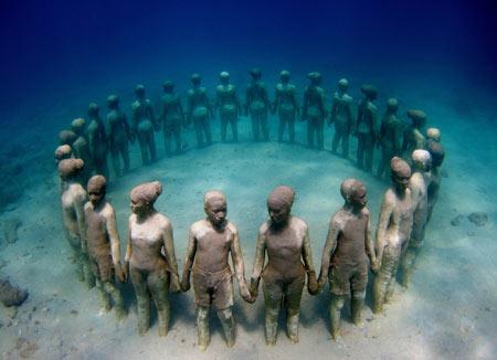 موزه, موزه زیر دریا,موزه پارک مجسمههای گِرِنِدا