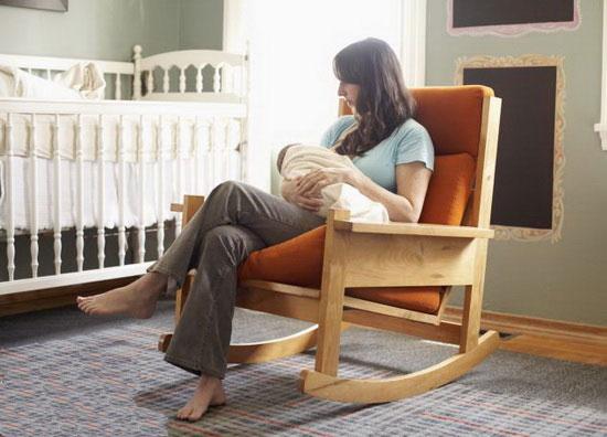 نوزادان تغذیه شده با شیر مادر نسبت به نوزادان شیر خشکی، آهسته تر رشد میکنند؟