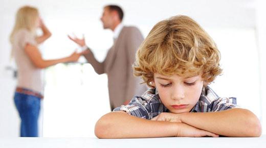 علائم بلوغ زودرس در دختر بچهها