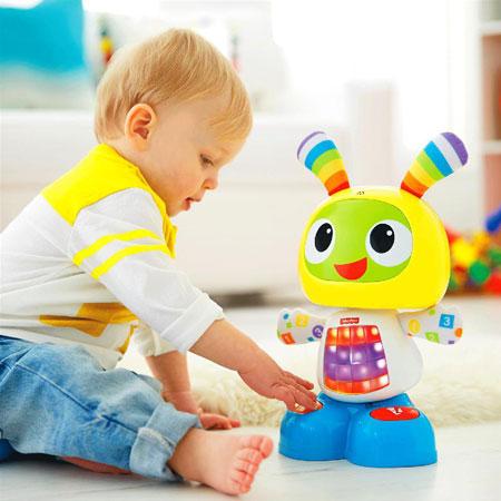 اسباب بازی متناسب با سن بچه شما