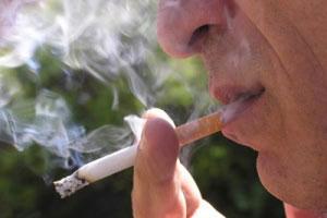 تغذیه در افراد سیگاری، چگونه باید باشد؟