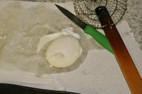 تخم مرغ آب پز بدون پوست (تخم مرغ جیبی)
