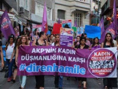 جنبش زنان حامله علیه حزب حاکم ترکیه,اعتراضات زنان حامله درترکیه,علت تظاهرات زنان بارداردرترکیه