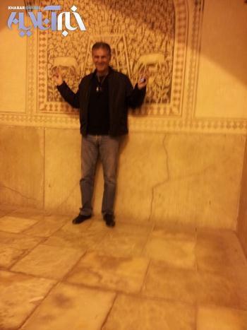 کروش و همسرش در کنار مزار سعدی +عکس
