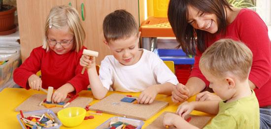 نقش بازی های کودکان در رشد آنها