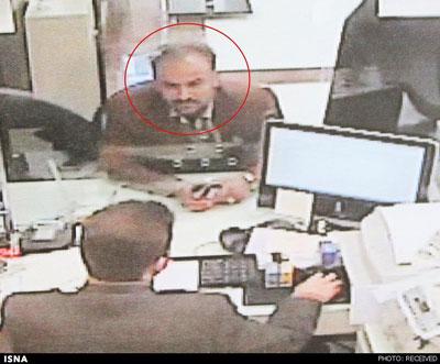 این مرد تحت تعقیب پلیس است +عکس