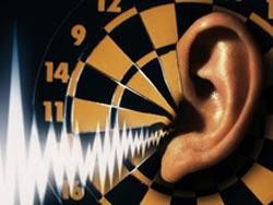 علل کاهش شنوایی,تاثیر صدای بلند بر شنوایی,عوامل محیطی موثر بر کاهش شنوایی