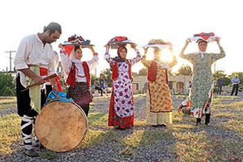 مراسم عروسی در زنجان , مراسم خواستگاری