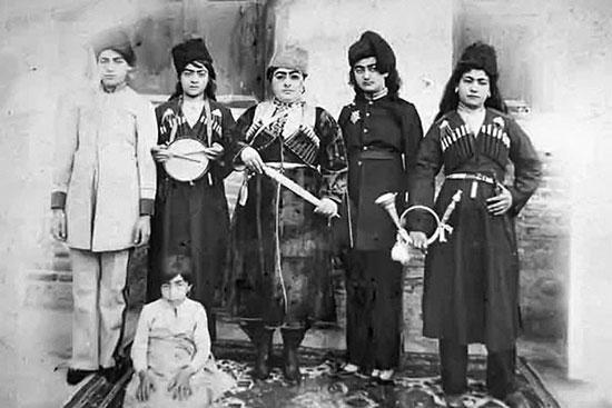 دختر شورشی دربار ناصرالدین شاه +عکس
