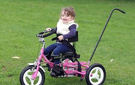 اخبار,اخبارعلمی,دوچرخه سواری کودک فلج مغزی