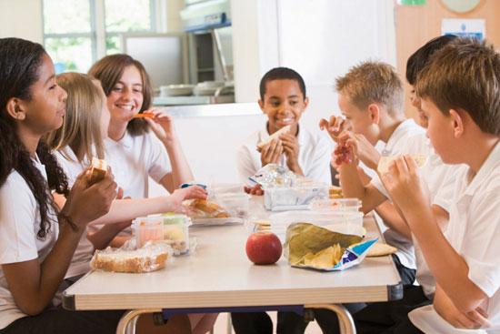 تغذیه در دوران بلوغ و نوجوانی