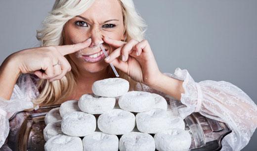 چرا باید قند و شکر و محصولات حاوی آنها را کمتر مصرف کنیم؟