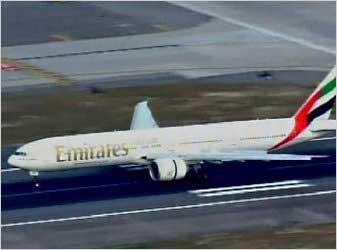 این دو بسته که فرودگاه های جهان را به هم ریخت
