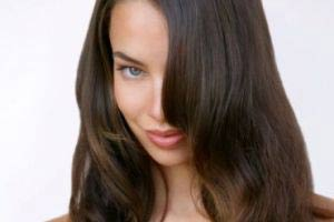 ماساژ این ماده از ریزش موی شما جلوگیری می کند