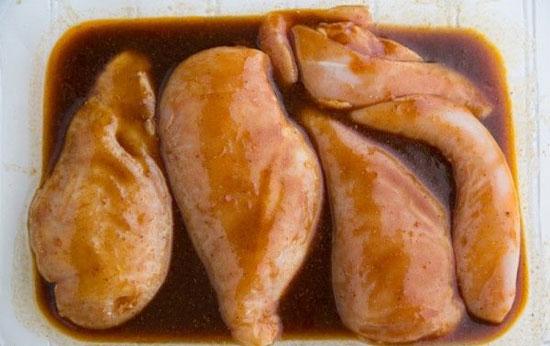 طرز تهیه مرغ با طعم تند و شیرین