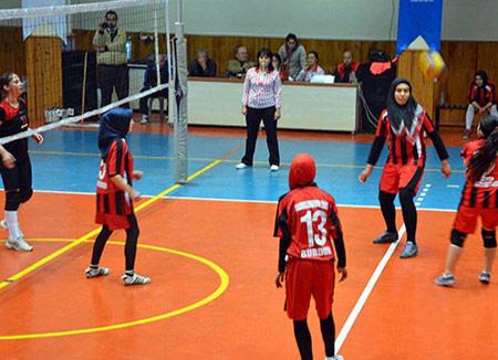حجاب در مسابقات والیبال زنان ترکیه,تصاویر حجاب زنان در مسابقات والیبال
