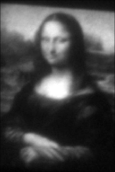 مونالیزا با فناوری نانو,نقاشی مونالیزا روی کوچکترین بوم